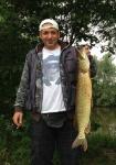 Cembo und sein Hecht 83cm 7.8kg.jpg